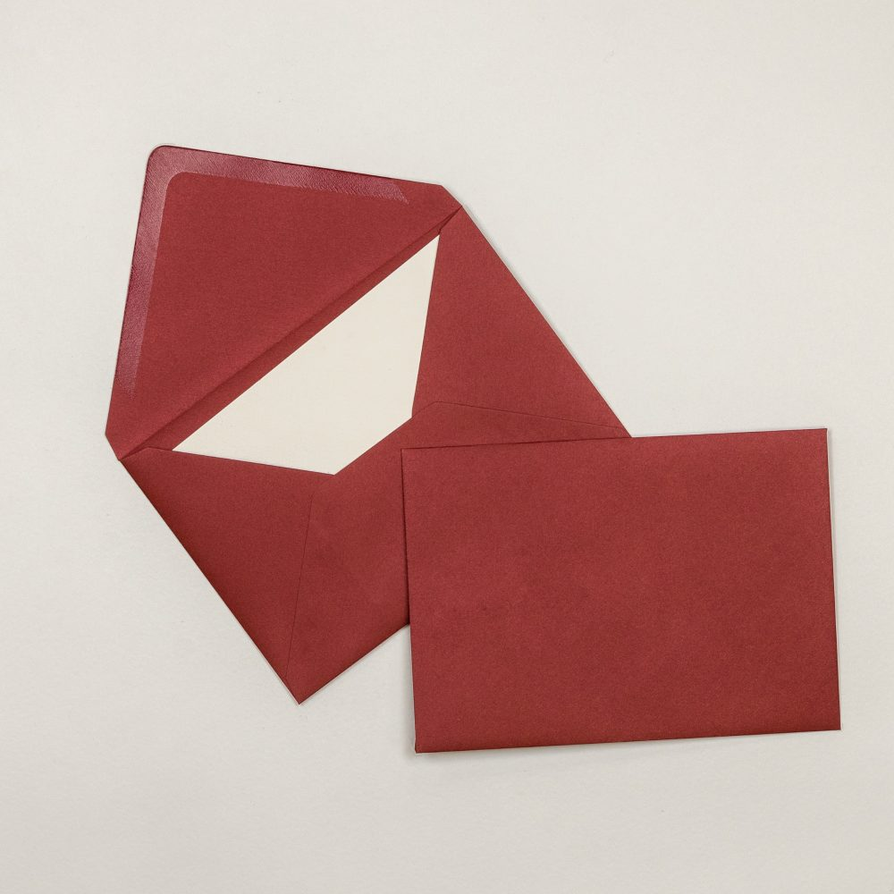 Curious Metallics Red Lacquer 120gr